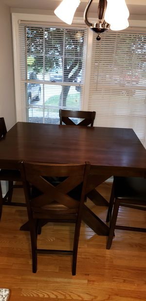 Dining table for Sale in Gaithersburg, MD