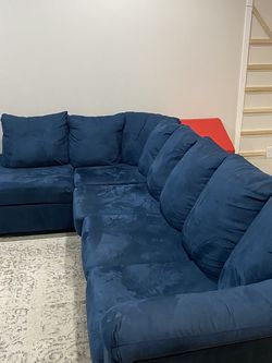 L Shaped Sectional for Sale in Vancouver,  WA