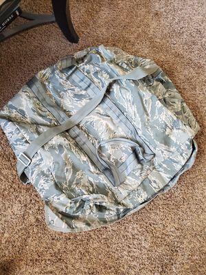 Large military duffle bag for Sale in Buckeye, AZ
