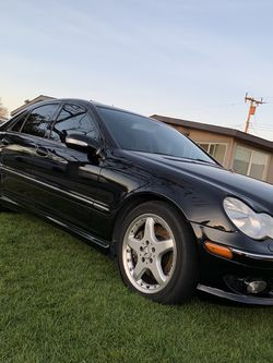 Mercedes C230 SPORT for Sale in Salinas,  CA
