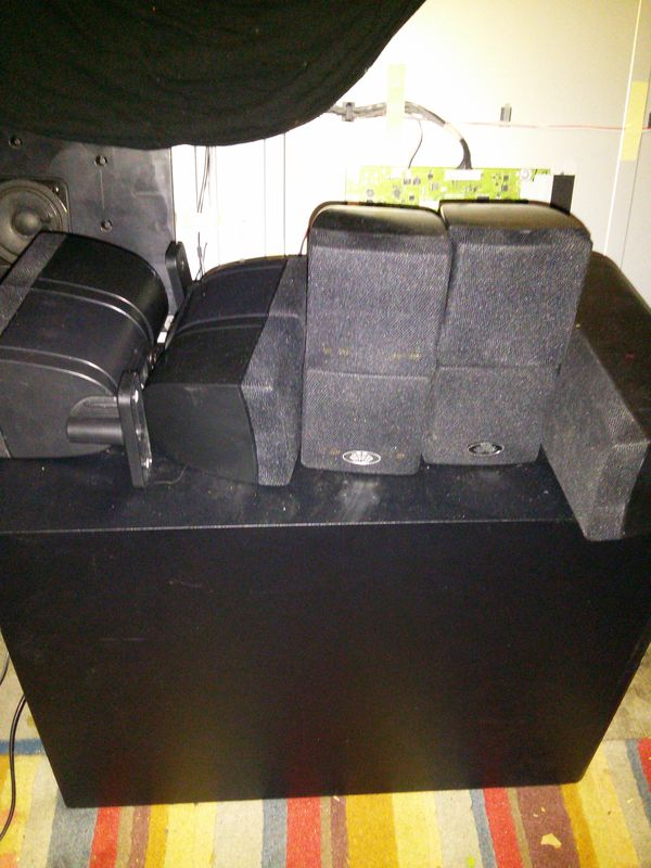 7 speaker surround sound Milan audio