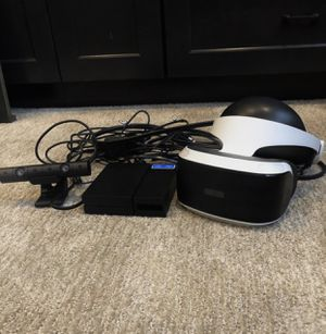 PSVR Bundle with 3 VR games and Sony platinum headphones for Sale in Las Vegas, NV