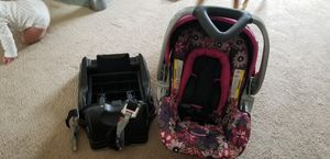 Car seat and base for Sale in Louisa, VA