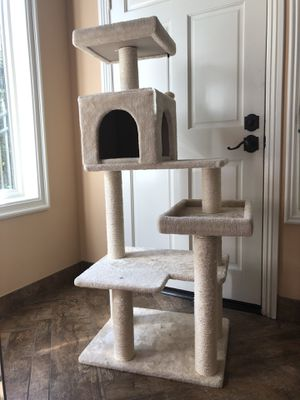 Multi Level Cat Tree Condo with Scratching Posts for Sale in Trabuco Canyon, CA