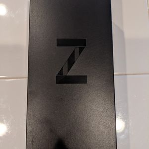 Samsung Galaxy Z Flip Unlocked for Sale in Las Vegas, NV
