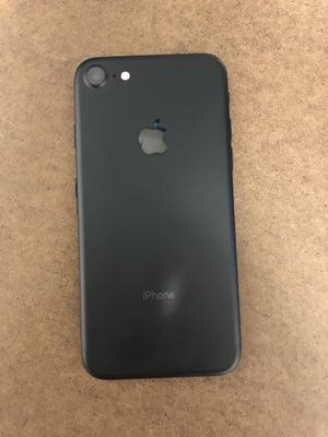 iPhone 7 Verizon very new for Sale in Monsey, NY