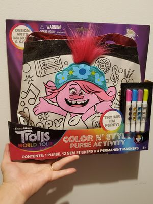 New trolls color n style purse activity set for Sale in Salem, OR