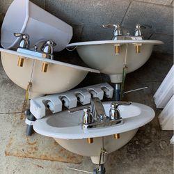 Vanity sink for Sale in Columbus,  OH