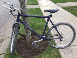 Men's used Trek bike for Sale in Newcastle, WA