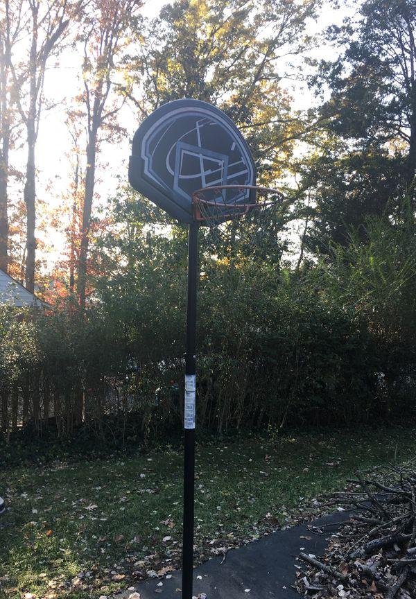 Basketball Hoop 8' rim