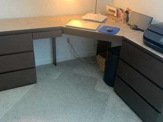 L Shaped Corner Desk for Sale in Ladera Ranch,  CA