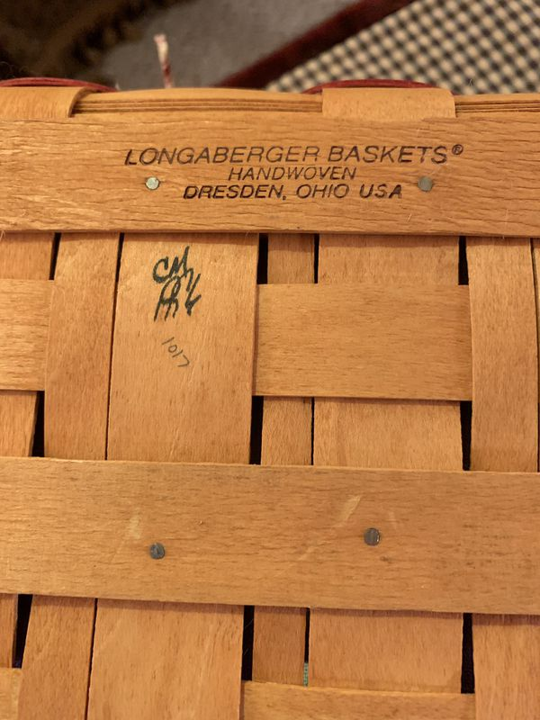 Longaberger Handwoven Cherished Memories 1998 Basket