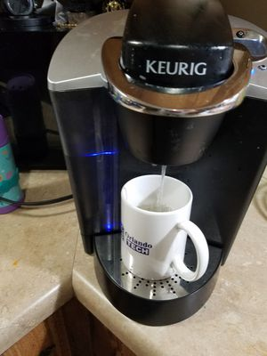Keurig b60 works great has a 40 oz container $60 obo for Sale in Apopka, FL