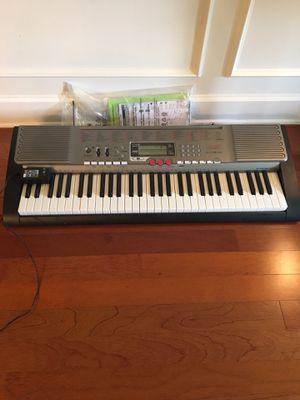 Casio LK 230 Keyboard for Sale in Lutz, FL