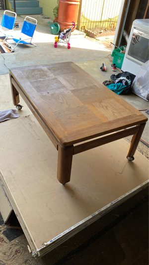Vintage coffee table for Sale in Long Beach, CA