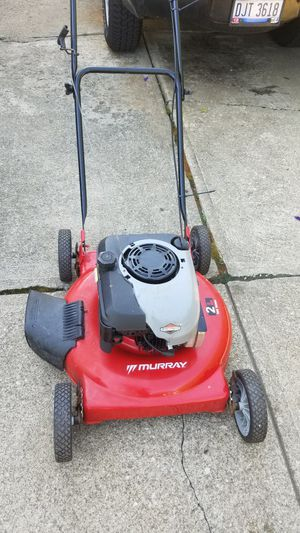 Murphy push lawn mower 2 1n 0ne for Sale in Richmond Heights, OH