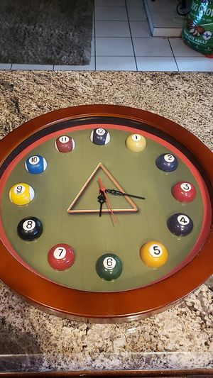 Pool ball clock for Sale in Montclair, CA
