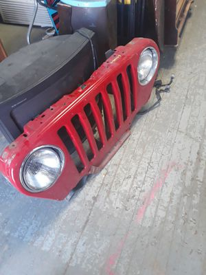 PARTS FOR A JEEP for Sale in Cleveland, OH
