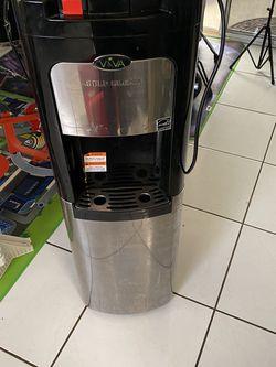 Water Dispenser for Sale in Fontana,  CA