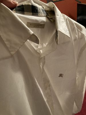 Burberry dress shirts for Sale in Dallas, TX