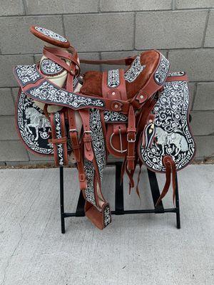 Montura bordada 100% calidad hecha en México for Sale in Inglewood, CA