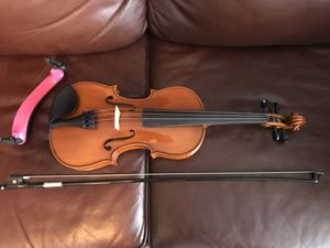 Like New 4/4 Violin Complete Set for Sale in Mount Joy, PA