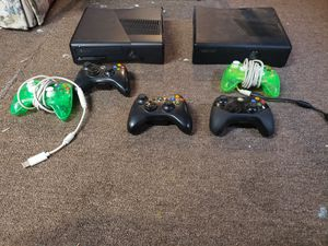 2 x box 360, 5 remote controllers and over 30 games for Sale in Silver Spring, PA