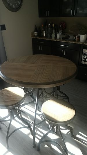 Kitchen table for Sale in Chicago, IL