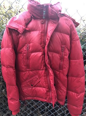 Diesel down snowboard jacket. Excellent Condition for Sale in Hood River, OR