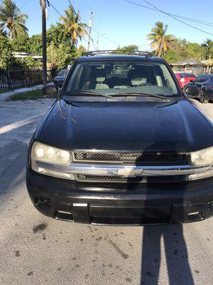 Chevy blazer 2005 135 miles runs good, cold a/c $2300 obo for Sale in Miami, FL