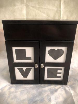 Jewelry Box for Sale in West Palm Beach, FL