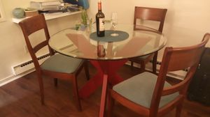 Modern beveled glass top dining/breakfast table with 3 chairs for Sale in BEL TIBURON, CA