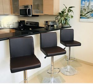 New modern set of 3 ajustable Bar stools for Sale in Hollywood, FL