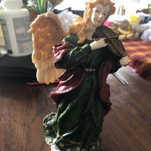 Angel with a violin Figurine for Sale in Alhambra, CA