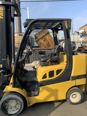 2011 Yale 100VX forklift (10,000 Capacity) for Sale in Lynwood, CA