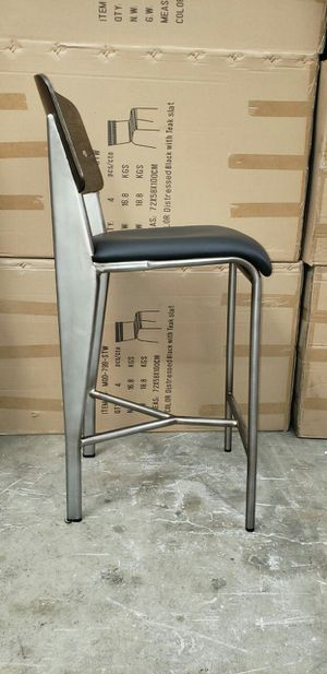 "Counter Barstool 27"""" Seat Height Stainless Steel Wood Back Black VInyl Cushion Seat for Sale in South El Monte, CA"