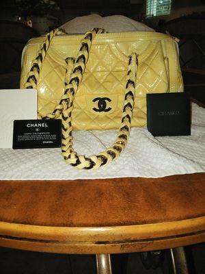 Authentic CHANEL Shoulder Bag for Sale in Mount Dora, FL