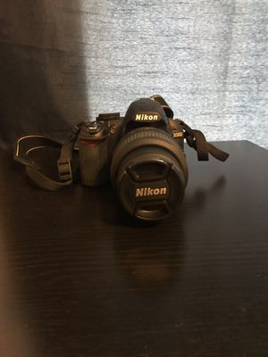 Nikon D3100 Camera for sale with Tripod and carrying bag for Sale in Redmond, WA