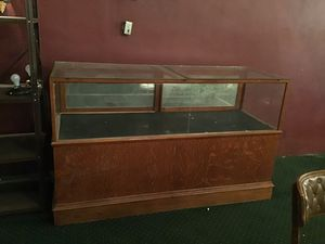 Show cases for Sale in El Dorado, KS
