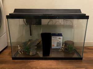 29 Gallon Fish Tank and Accessories... Serious Buyers ONLY Please for Sale in Glendale, AZ