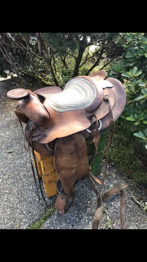 Lovely Old Horse Saddle for Sale in Kirkland, WA