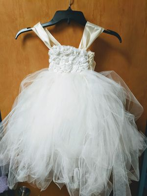 Tulle Flower Girl Dress 2T for Sale in Escondido, CA