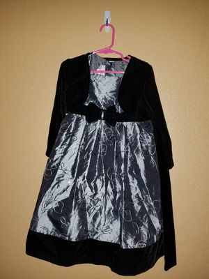 Black with silver dresss for Sale in Orlando, FL