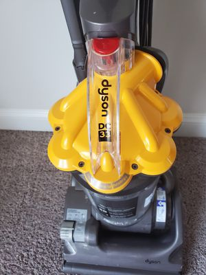 Dyson dc33 vacuum for Sale in Hanover, MD