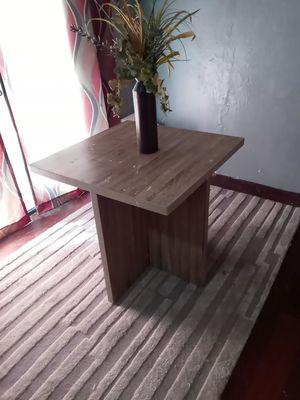 Small kitchen table for Sale in Sacramento, CA