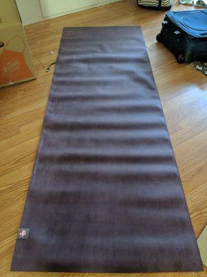 Manduka ekolite yoga mat - purple for Sale in Richmond, VA