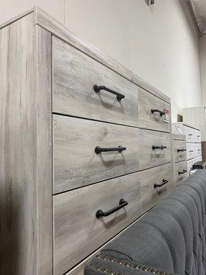 Stylish Dresser, Whitewash for Sale in Santa Fe Springs, CA