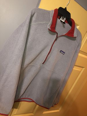 patagonia pullover $35 for Sale in Brandon, MS