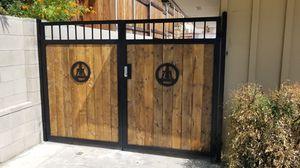 Riverside icono Gates for Sale in Newport Beach, CA