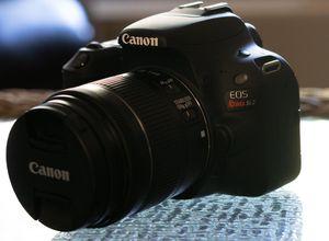 Canon EOS Rebel SL2 24.2MP - Excellent Condition for Sale in Anaheim, CA